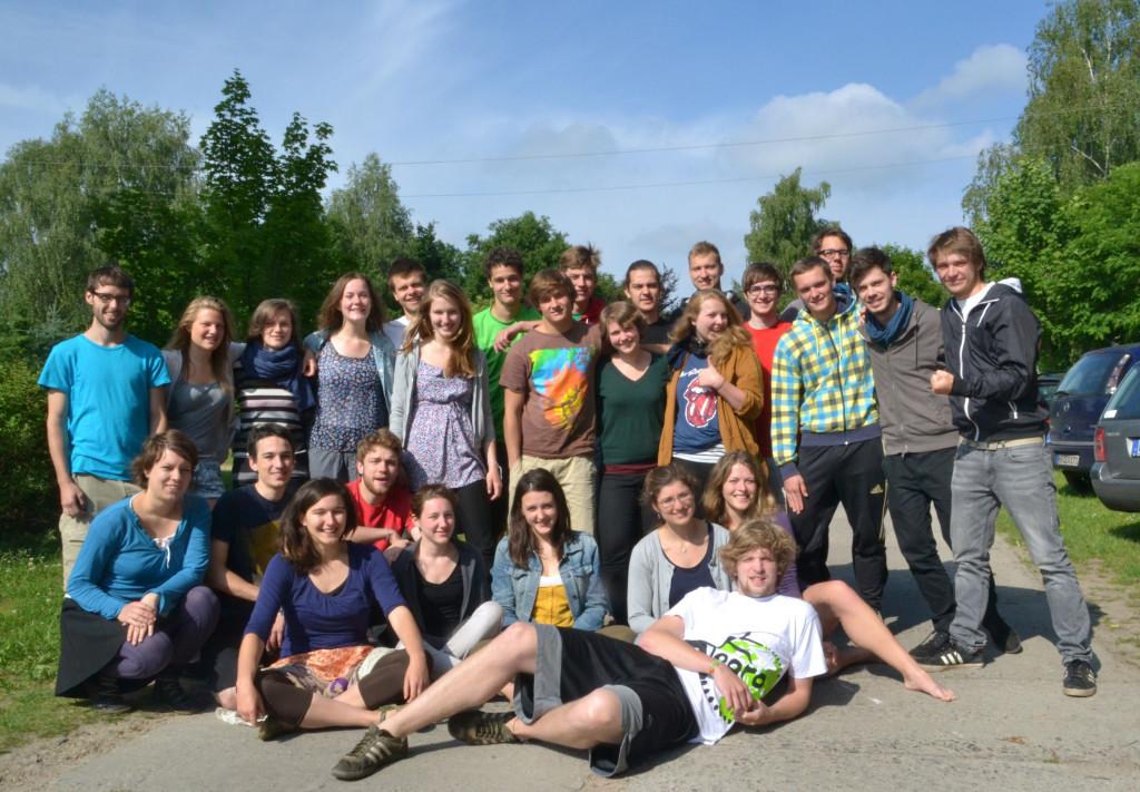 El equipo de Alegro con la cuarta generación de voluntarios.